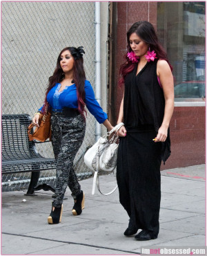 Snooki And Jwoww Look For