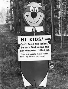 Yogi_Bear_dont_feed_the_bears.jpg