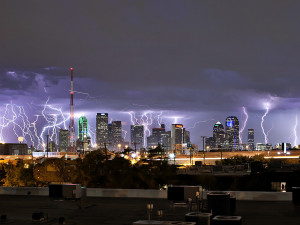 Insane Photo Of Lightning Over Dallas