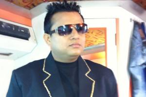 Karamjit Singh Wearing A Sunglasses