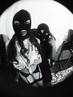 gangsta-gangster-girl-gun-Favim.com-1048662.jpg