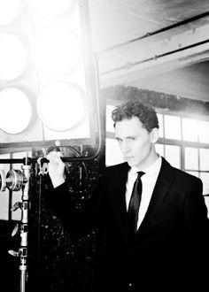 ... , Tom Hiddleston is my choice for Kelsier, The Survivor of Hathsin