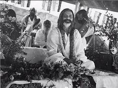 ... maharishi mahesh yogi holi maharishi lotus room maharishi mahesh