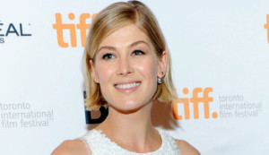 Rosamund Pike Is Crazy Brilliant: 'Gone Girl' Actress Nails Amy ...