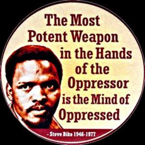 arme la pluspuissante dans les mains de l'oppresseur est le cerveau ...