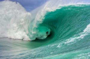 Vague de lannée 20111 Nathan Fletcher surfe la vague de lannée à ...