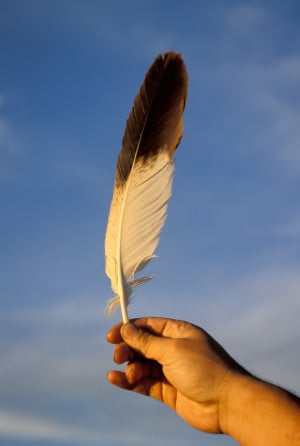 NATIVE-AMERICAN-EAGLE-FEATHER-facebook.jpg
