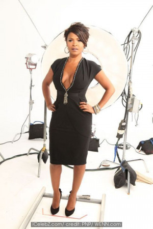 Nia Long poses for the 'Black Girls Rock' photo shoot at Stage Studios ...