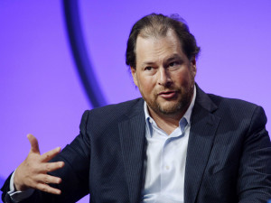 in-2-sentences-salesforcecom-ceo-marc-benioff-explains-why-something ...
