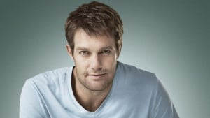 Geoff Stults Wallpaper,Images,Photos,Pics,Pictures