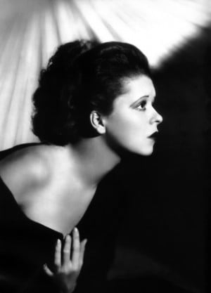 Description Clara Bow 1920.jpg