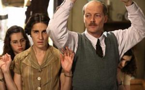 as Margot Frank, Tasmin Greig as Edith Frank, Iain Geln as Otto Frank ...
