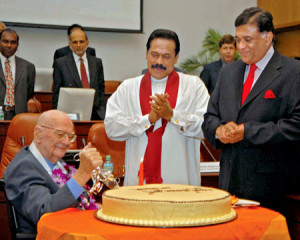 Sir Arthur C Clarke on his 90th Birthday with President Mahinda ...