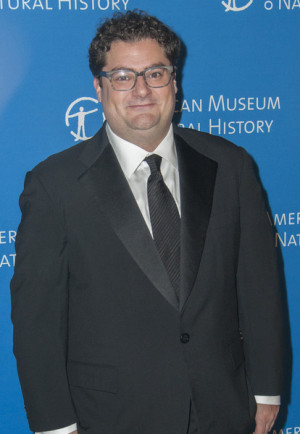 Bobby Moynihan Pictures