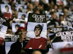 Manchester United fans pay tribute to the late George Best before a ...