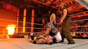 WWE Raw recap: Kane wants Bray Wyatt to fall into his 'ring of fire'