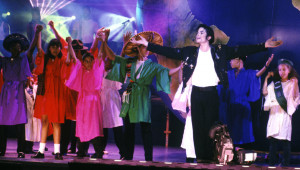 Heal-The-World-michael-jacksons-hope-for-the-world-30813333-2223-1263 ...
