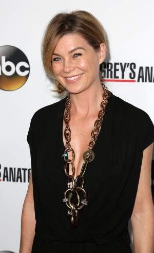 Ellen Pompeo Appreciates Her Grey's Anatomy Job, Which Is Sadly Very ...