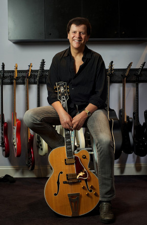 Trevor Rabin (with a Super 400)