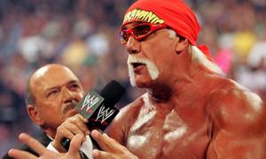 بالتأكيد مشاهدة المصارعة الحرة WWE ...