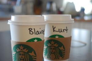 love klaine blaine kurt coffee cups Liz and Kat are super nerdy and ...