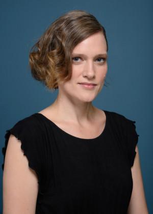 Heather+O+Neill+End+Pinky+Portraits+Toronto+URefjqvqZ61l.jpg
