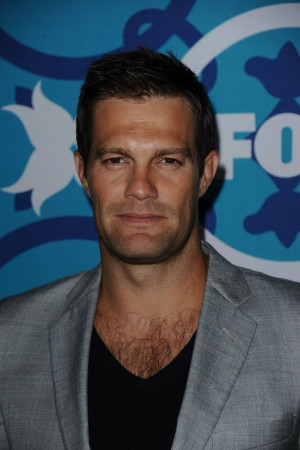 Geoff Stults Enlisted