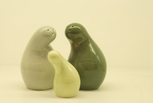 shaped salt and pepper shaker designs 35+ Creative and Funny Salt ...