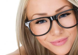 ... cosmetics/spec-tacular-8-makeup-tips-women-who-wear-glasses-43062 Like