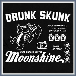 MOONSHINE T SHIRT DRUNK SKUNK BEER FUNNY TEE