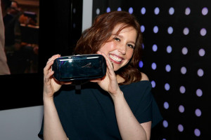 photo vanessa bayer saturday night live s vanessa bayer stops by the