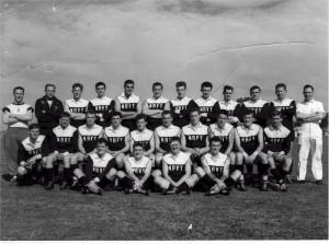 HMAS CERBERUS AFL Team 1962. Bill Clemson 4th from left back row, Dave ...