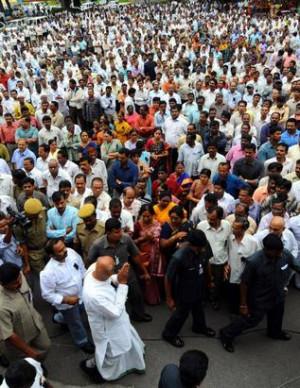 The Hindu Andhra Pradesh Chief Minister K. Rosaiah at a condolence ...