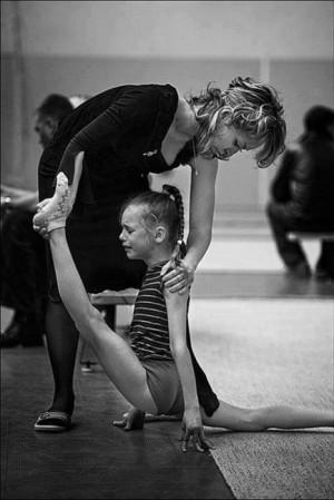 pain ballerina ballet cry Little girl hard work