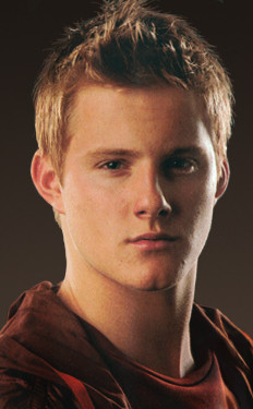 16 ( The Hunger Games: Tribute Guide ),