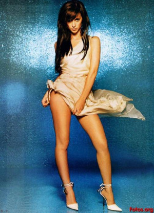 Tema: Jennifer Love Hewitt desnuda