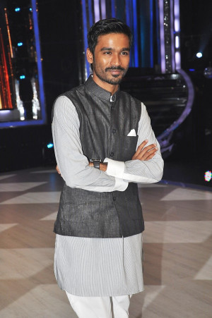 National Award winner actor Dhanush on the sets of JHALAK DIKHHLA JAA ...