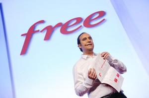 Free Mobile : comment Xavier Niel réussit à faire croire que Free, c ...