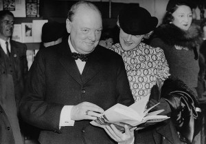 Winston Churchill, with his wife Clementine, on tour in the United ...