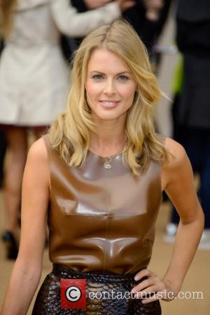 donna air london fashion week ss14 3868979 jpg 500 748