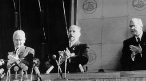 Walter Ulbricht auf dem SED Parteitag 1956 Bild picture alliance