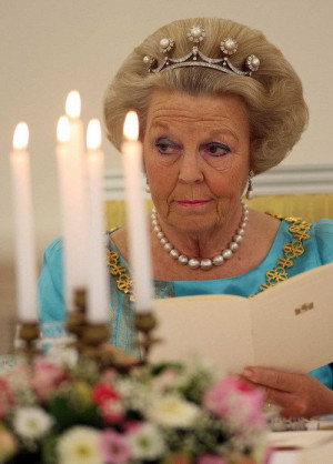 Queen Beatrix wearing the Pearl Button Tiara, The Netherlands (by 1967 ...