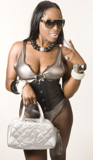 few brands that foxy brown wears owned by foxy brown