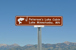 Custom Cabin Signs and Personalized Lake Cabin Signs