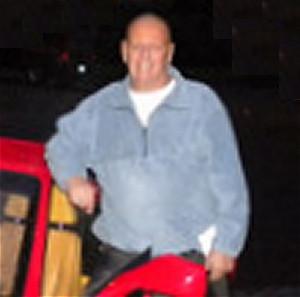 Richard-Bennett-Disguised-As-Bald-Cancer-Patient
