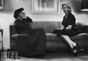 Marilyn Chats With Dame Edith Sitwell, 1953