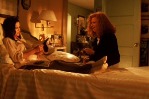 Still Of Bette Midler And Barbara Hershey In Beaches (1988) Picture