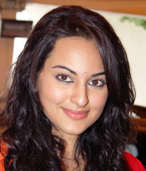 Sonakshi Sinha Pictures, Images