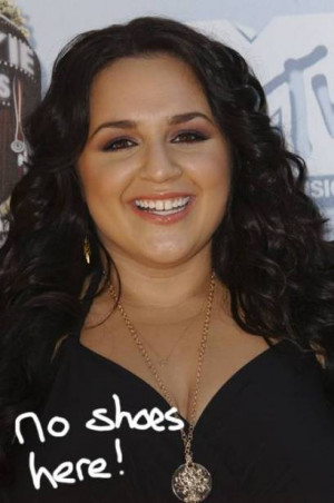 Nikki Blonsky Takes To Twitter To Dispel Boutique Rumors!