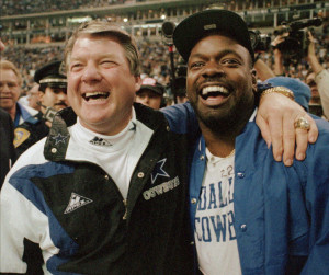 Dallas Cowboys coach Jimmy Johnson, left, and running back Emmitt ...